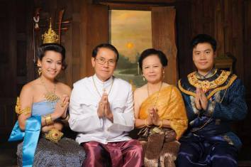 Family - Thailand Portrait